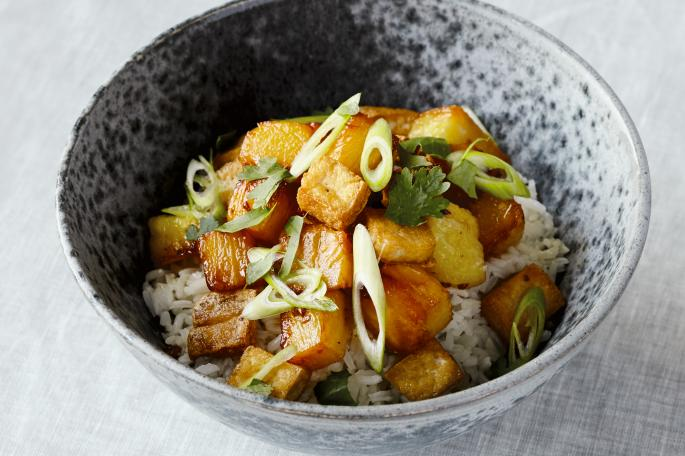 Caramelised pineapple and tofu